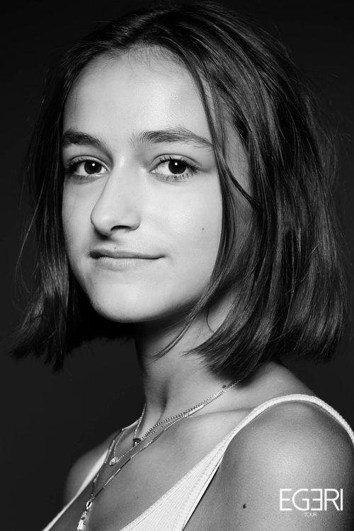 Sophie LE.