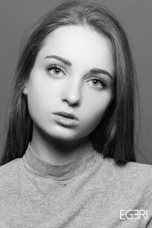 Anastasia MA.