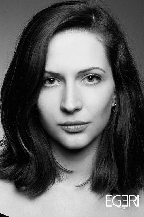 Marie-Sarah MU.
