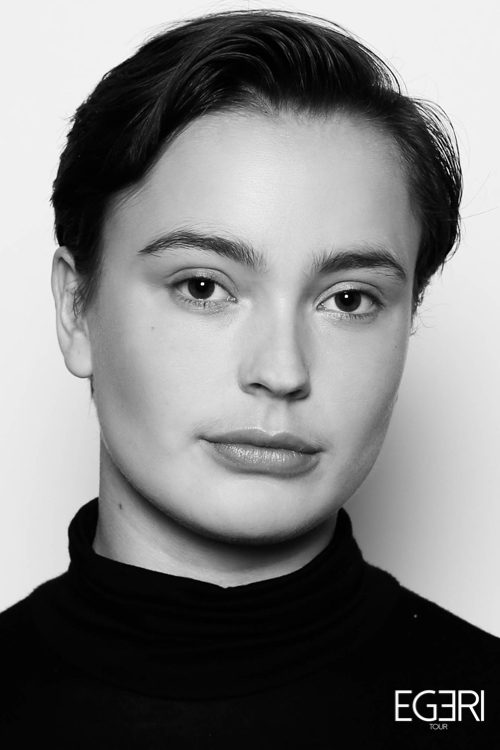 Julia AN.