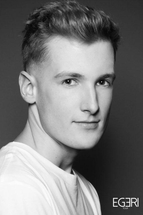 Matthias LE.