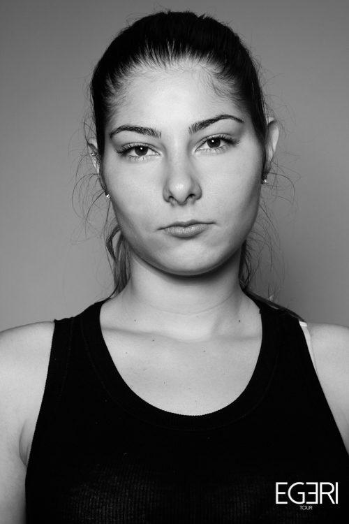 Yelena HR.