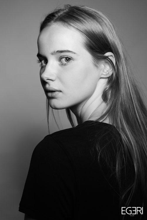Rosalie LE.