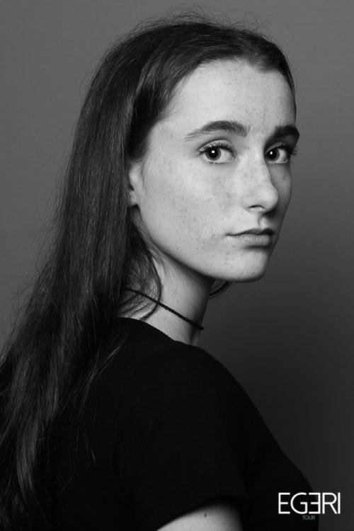 Francesca AU.