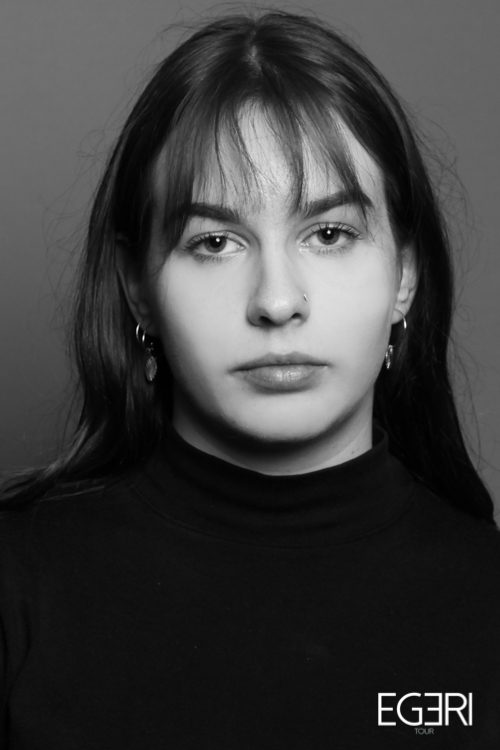 Michèle WA.