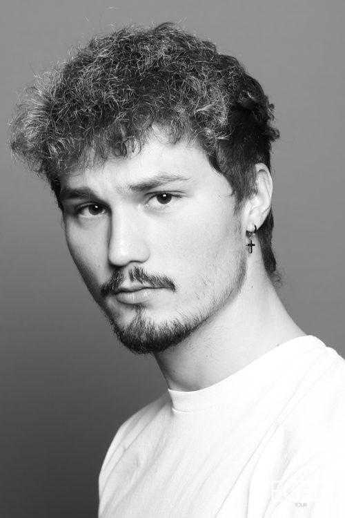 Yannic LÄ.