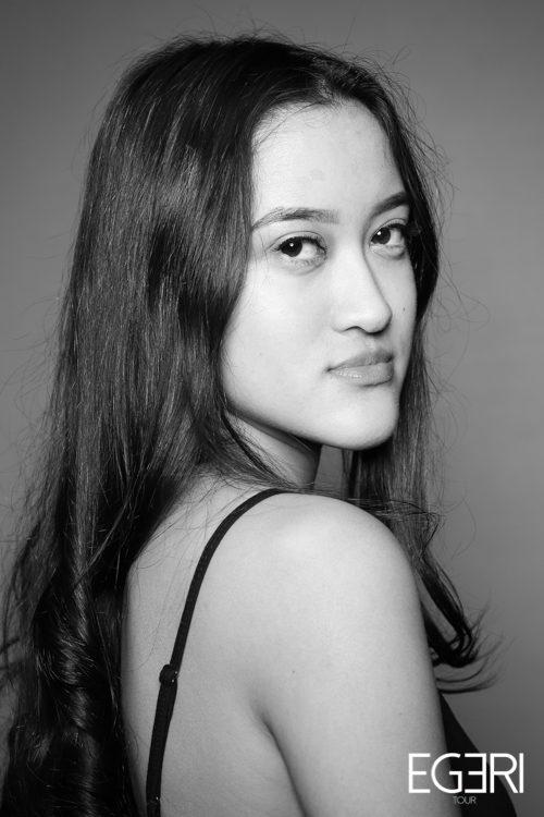 Enisha LI.