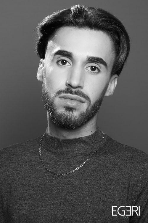 Julien CA.